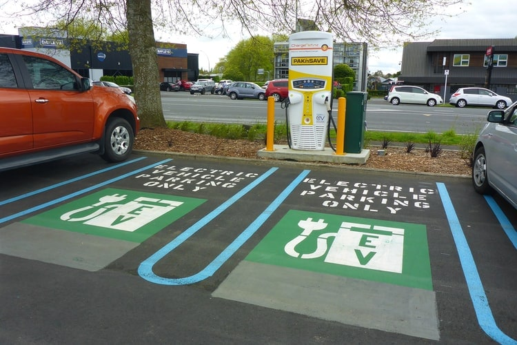 10 Electric Car Charging Station Business Opportunities In India 4